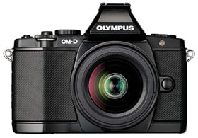 「OLYMPUS OM-D E-M5」 (ブラック) + 「M.ZUIKO DIGITAL ED 12-50mm F3.5-6.3 EZ」